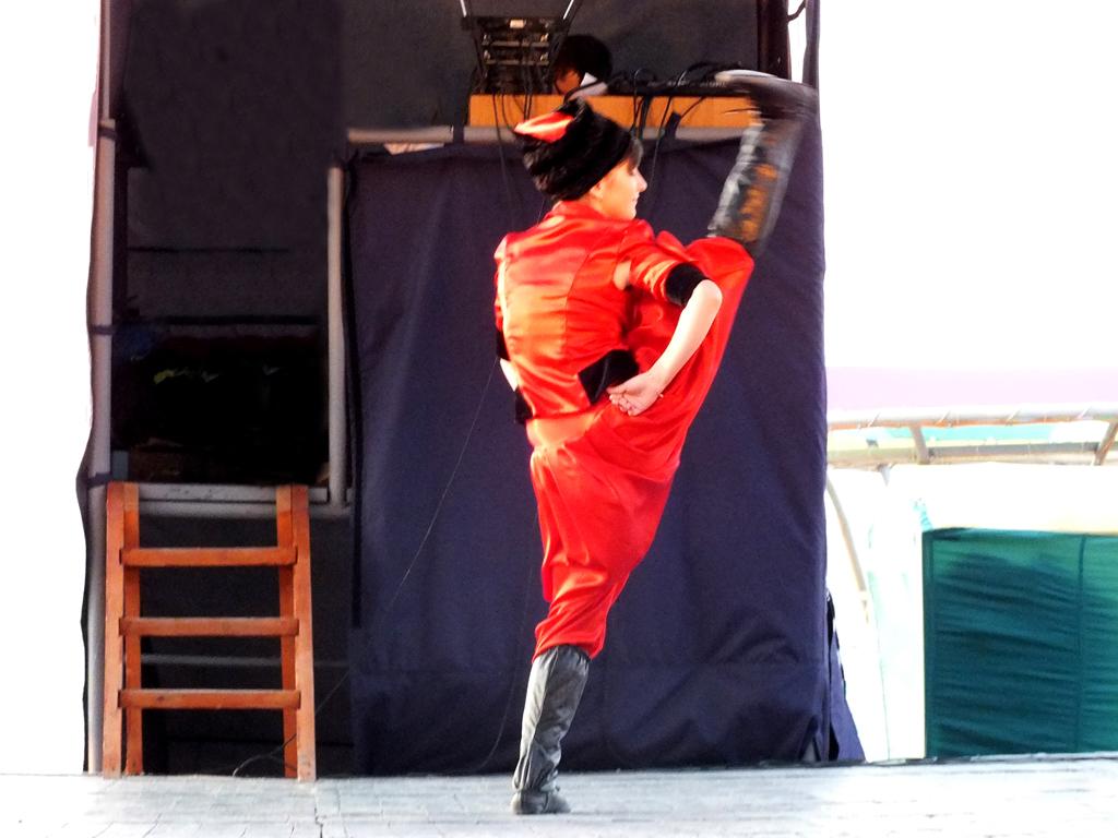 II место – «Широким шагом во взрослую жизнь» - Андрей Кушнаренко – звукооформитель ОКЦ